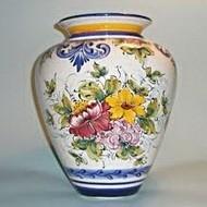 Расписанная ваза