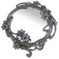 Настенное зеркало под старину