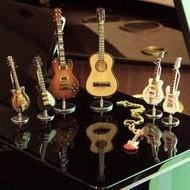 Сувениры в виде музыкальных инструментов