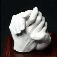 Слепок рук из гипса