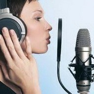 Запись песни в звукостудии