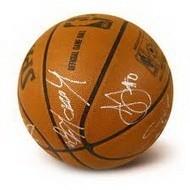 Футбольный/баскетбольный мяч с автографом