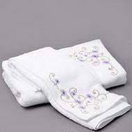 Махровый халат и набор полотенец