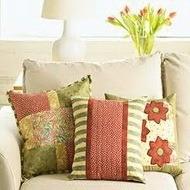 Оригинальные диванные подушки