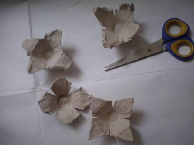 Придать форму цветкам