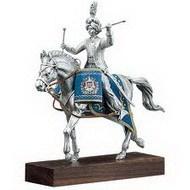 Статуэтка-ковалерист