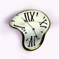 Необычные часы на полку