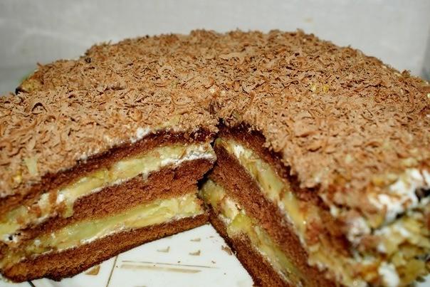 Шоколадный торт с бананово - яблочной начинкой