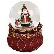 Новогодний сувенир снежный шар