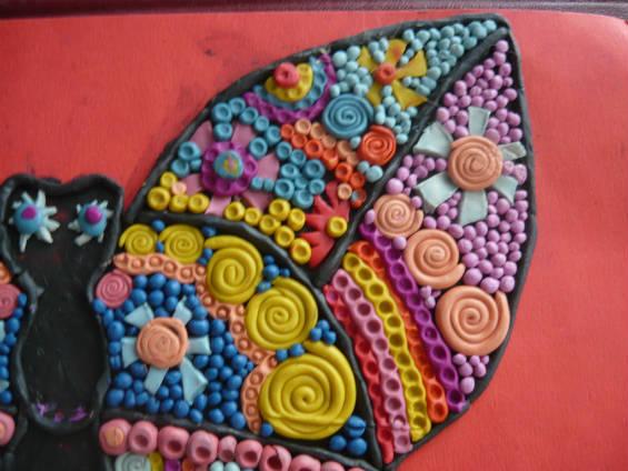 Стилизованные цветы на винтажной бабочке