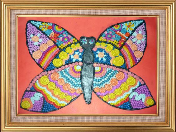 Винтажная бабочка из пластилина
