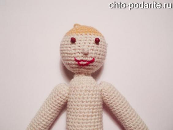 Делаем вязаной кукле лицо