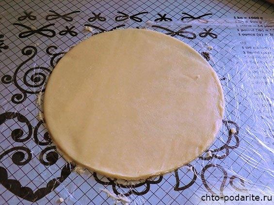 Приготовление многослойного песочного торта с шоколадным кремом - шаг 9