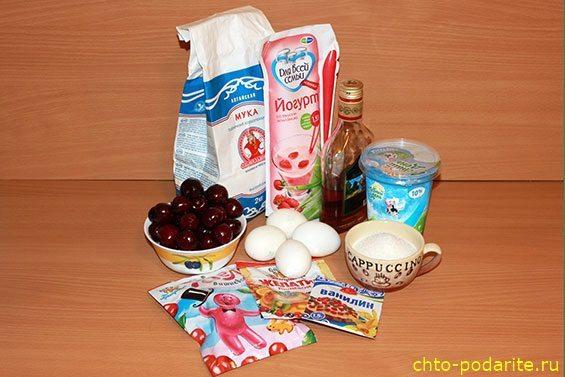 Ингредиенты для приготовления трехслойного освежающего желейного ягодного торта