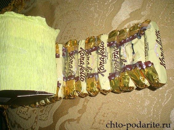 Изготовление шкатулки из конфет, шаг 1