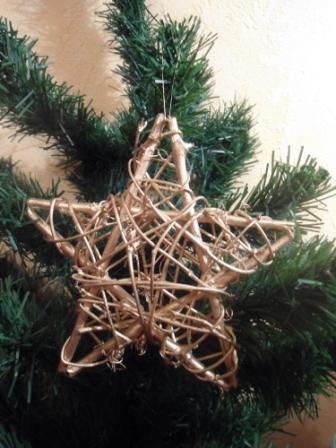 Звезда из веток на рождество своими руками 17