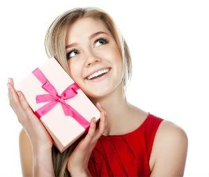 Что подарить любимой девушке с осенним темпераментом на 8 марта