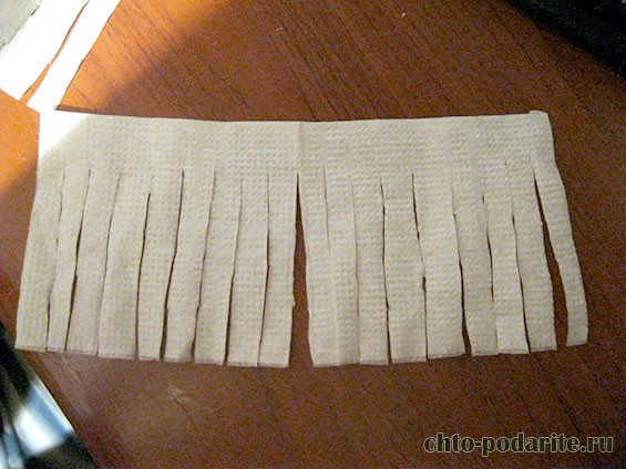 Порезанная бумажная салфетка