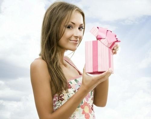 Варианты подарков дочери на 18-летие