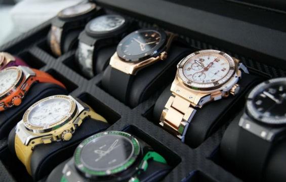 Какие часы лучше выбрать в подарок на 14 февраля?