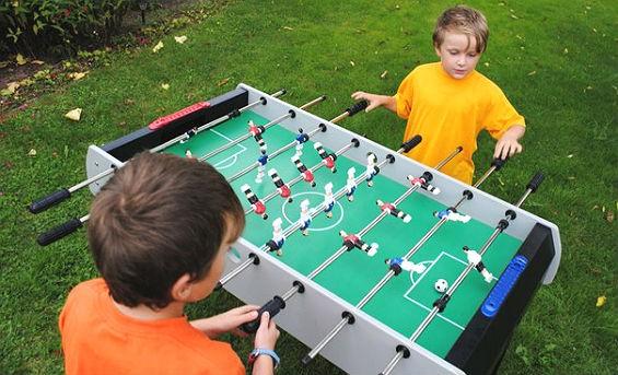 Настольный футбол для детей