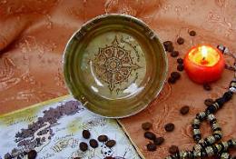 """Ппельница """"Старинный арабский компас"""""""