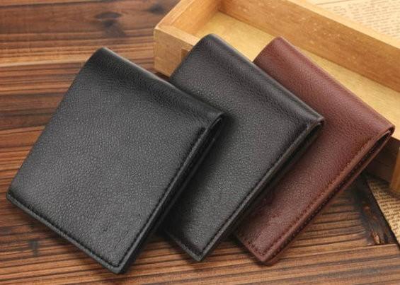 Можно ли дарить кошелек и как правильно это делать