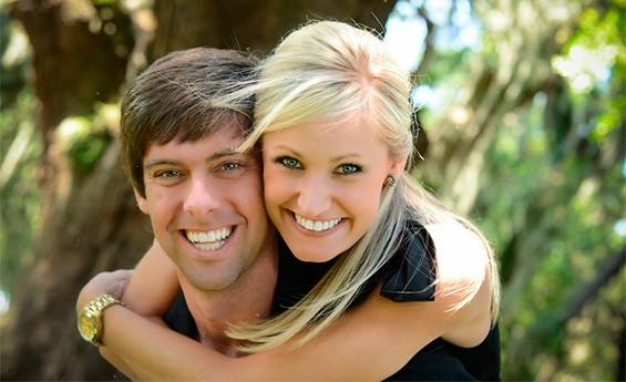 муж с женой на его 35-тилетие