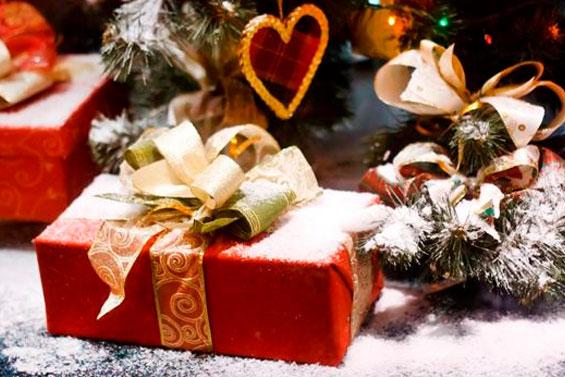 новогодние подарки и приметы
