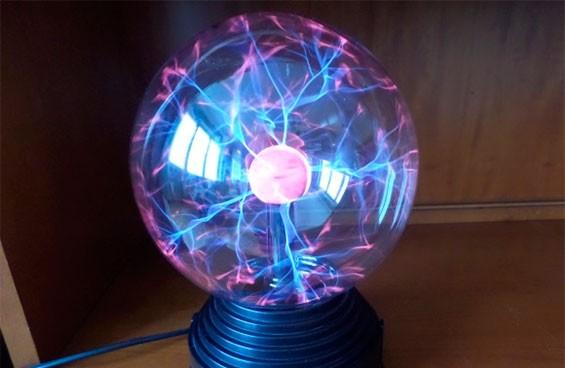 Обзор плазма-лампы