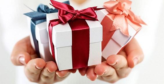 советы по выбору подарка куме