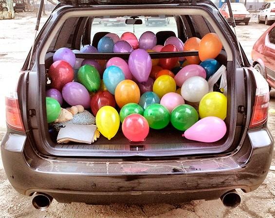 шарики в машине