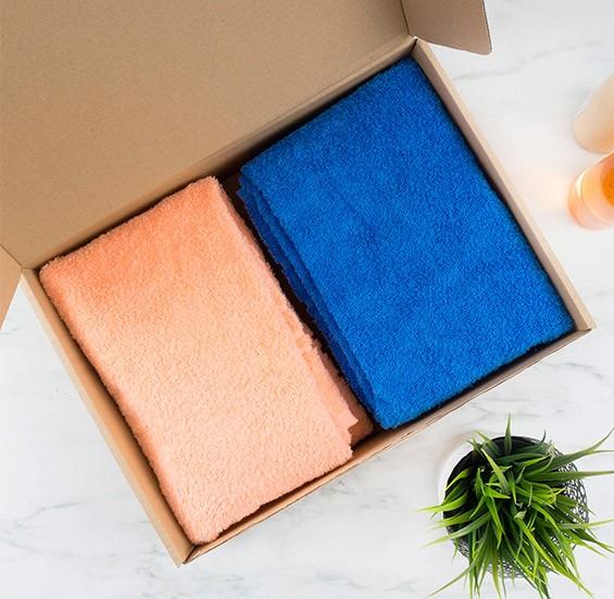 практичный подарок полотенца с вышивкой