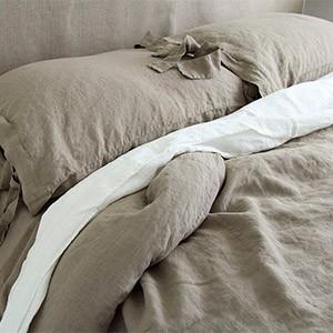 Льняное постельное белье, занавески, чехлы на диван