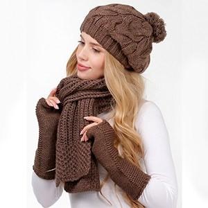 Набор из шапочки, шарфа и перчаток